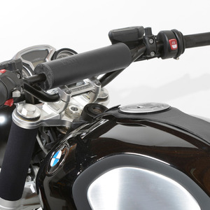 Unit Garage Handlebar Bumper Black RnineT